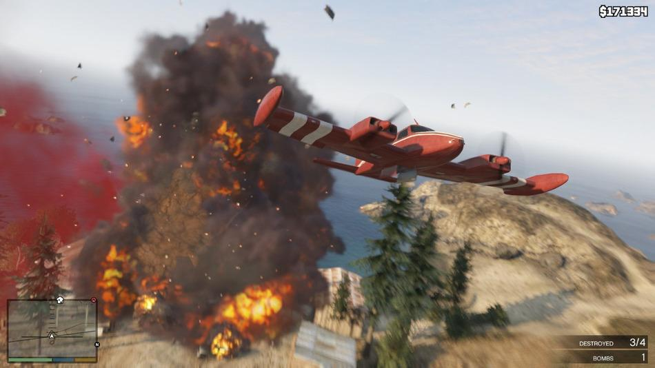 GTA+V+features+an+array+of+interactive+vehicles%2C+including+planes.+